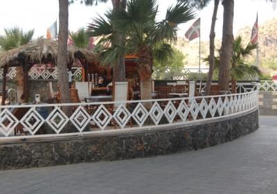 Hotel Resort Al Togo